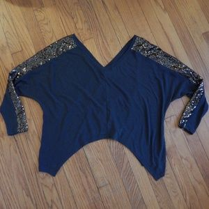 Sweaters - Gray Wide V-Neck Sequin Sleeve Top Sz S/M